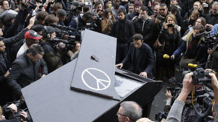 pray for paris-imagine